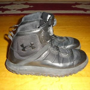 UNDER ARMOUR Men (12) Black Michelin Hiking Boots